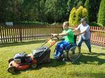 BŘEZEN - Grant na nákup sekaček, které zaručí práci postiženým - Aditus Pro